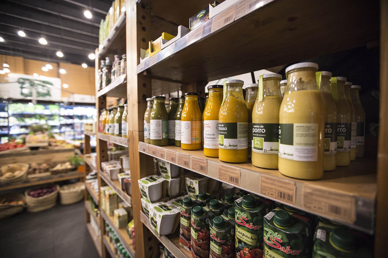 Barcelona Tribu Woki organic market